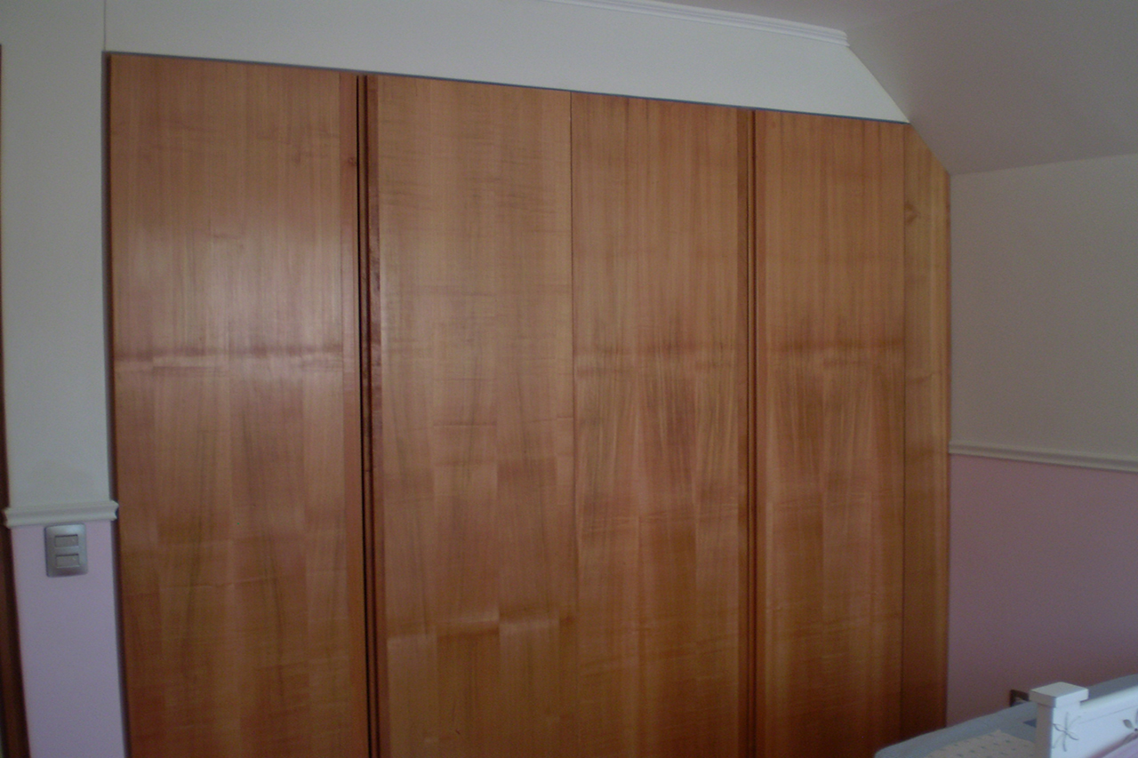 Closets de madera home closets de madera pictures to pin on pinterest